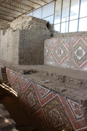 Différents étages de la pyramide