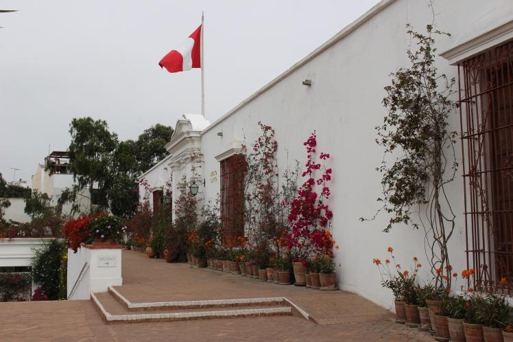 Entrée du Musée Larco