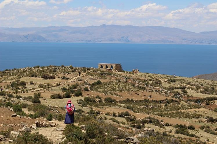 Isla del Sol, vue sur les côtes péruviennes
