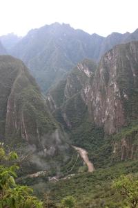 La rivière Urubamba et les montagnes karstiques
