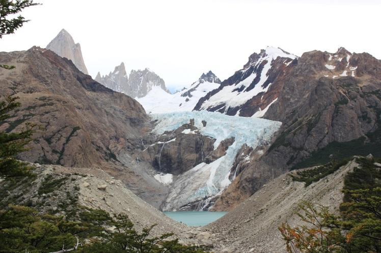 Un des glaciers pendant la montée depuis l'hosteria