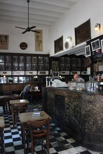 Café typique de Buenos Aires