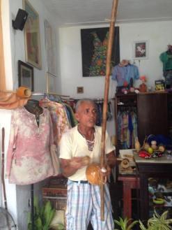 Le maître de Capoeira et son Berimbau