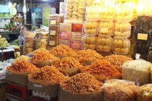 Des crevettes séchés dans le marché Ben Thanh