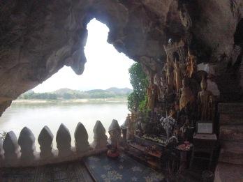 La deuxième grotte avec vue sur le Mékong