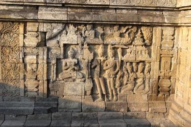 Les sculptures racontent l'histoire de boudda
